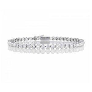 Sparkling bezel set round cut 4.50 carats diamonds